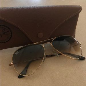 Gold RayBan Aviators with case